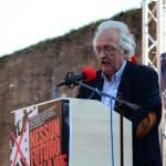 saluto dei comunisti greci